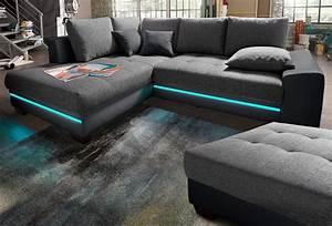 Couch Mit Beleuchtung : couch mit beleuchtung ~ Frokenaadalensverden.com Haus und Dekorationen