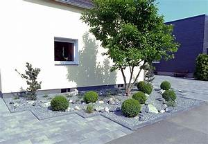 Pflanzen Pflegeleicht Garten : pflegeleichte vorgartengestaltung mit gr sern bux und felsen ~ Lizthompson.info Haus und Dekorationen