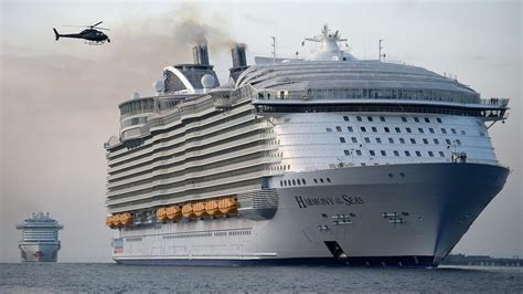 Titanic Vs New Boat by World S Largest Cruise Ship Makes Maiden Voyage