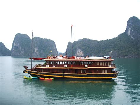 Halong Bay To Hoi An By Boat by Halong Bay Boat Travellerspoint Travel