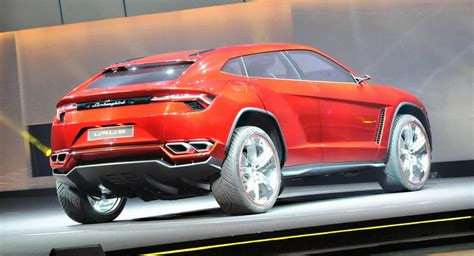 Lamborghini Urus Might Gain A Hardcore Sv Version Says