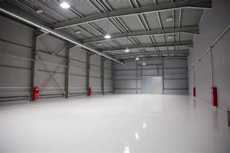 leveling floor underlayment equipment  pumps graco
