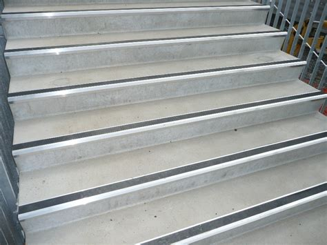 Metal Stair Nosing Outdoor — Railing Stairs And Kitchen Design : Finishing With Metal Stair Nosing