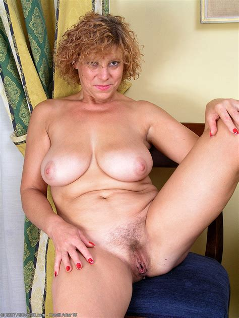 Curly Hair Camille Shows Her Trimmed Twat By Spreading