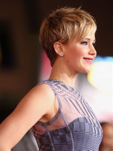 latest short hairstyle  women