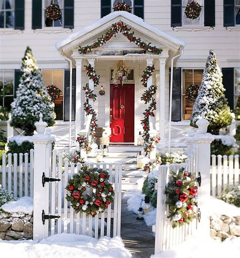 front house christmas decorations 56 amazing front porch christmas decorating ideas