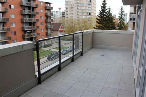 pavimento per balconi piastrelle per balconi le piastrelle come scegliere le