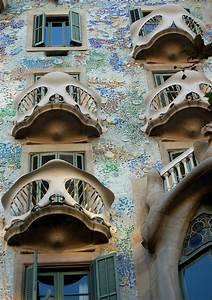 SightsWithin.com - Antoni Gaudi