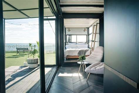 shipping container hotel   cool youll forget