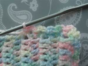 Easy Baby Blanket [Free Pattern] - STYLESIDEA