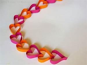 Girlande Selber Machen : diy einfache herz girlande aus papierstreifen kreatives deko pinterest selber machen ~ Orissabook.com Haus und Dekorationen