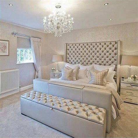 glamour silver bedroom designs