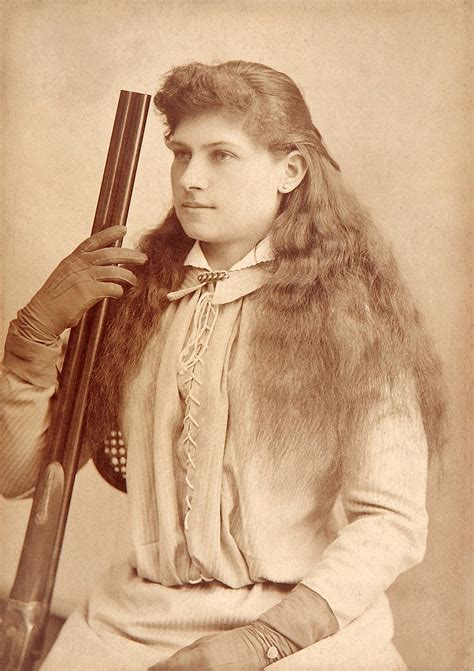 Annie Oakley - Wikipedia