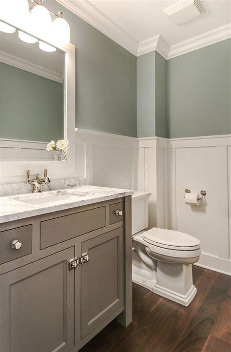 Bathroom Decor With Green Walls