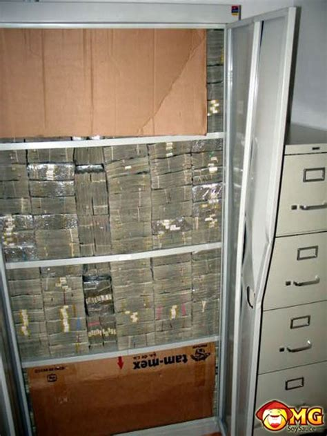 drug mexican money cartel bust lord busted mansion gets guns gold mansions zoo amounts private