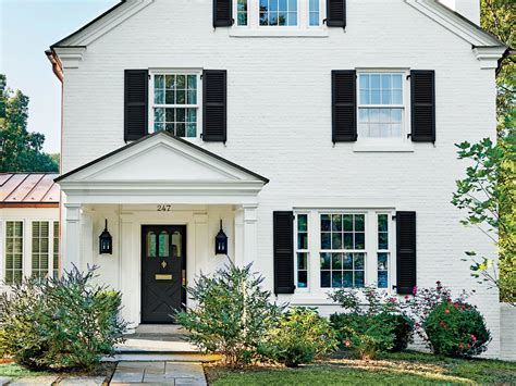 painting your front door this color can increase your home s selling price southern living