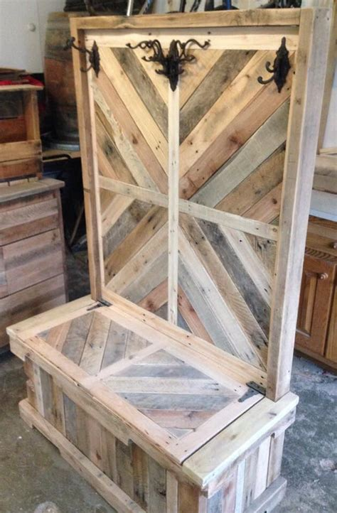 pallet wood entryway bench  hall tree pallets pinterest   ideas  entryway