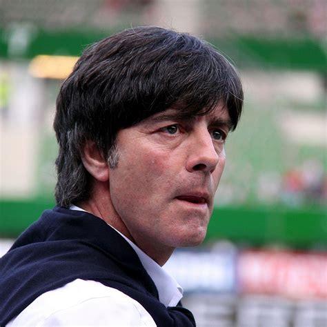 23:56 i̇ngiltere polonya'yı da yenerek 3'te 3 yaptı. File:Joachim Löw, Germany national football team (03).jpg ...