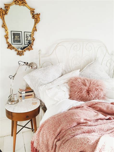 pink white  gold bedroom ideas decoratoo