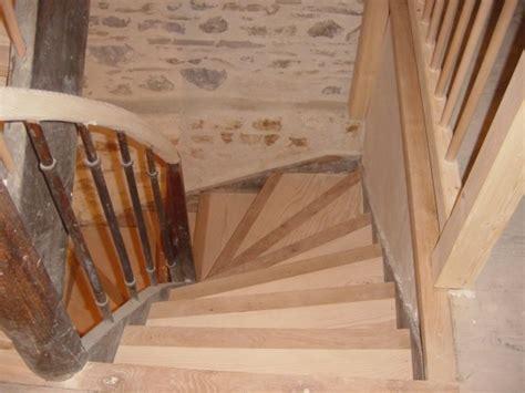 nez de marches d escalier escalier en sapin et nez de marche en ch 234 ne lagnieu