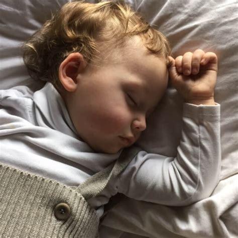 Das Kind schläft nicht ein  über Mütterbedürfnisse