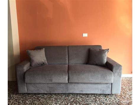 Divano Letto Zara18 Linear Bi.el Salotti In Offerta Outlet