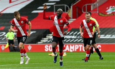 Southampton go top with 2-0 win over Newcastle - EgyptToday