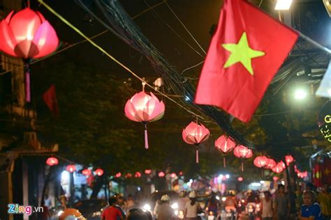 Pictures Hanoi Beautified For The 60th Liberation