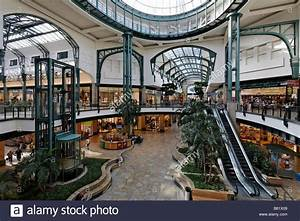 Luchs Center Oberhausen : centro domed hall in the shopping centre neue mitte ~ Watch28wear.com Haus und Dekorationen