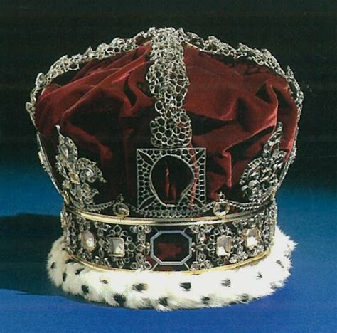 official  historic crowns   world
