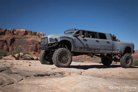 moab jeep safari kicking off moab 39 s 2015 easter jeep safari on wipe out