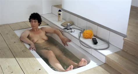 Miriam Japp Nude Pics Page 1