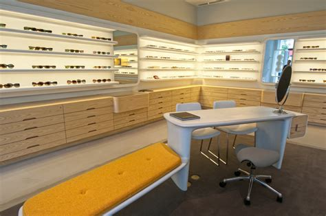 oliver peoples chicago retail store keith r berry