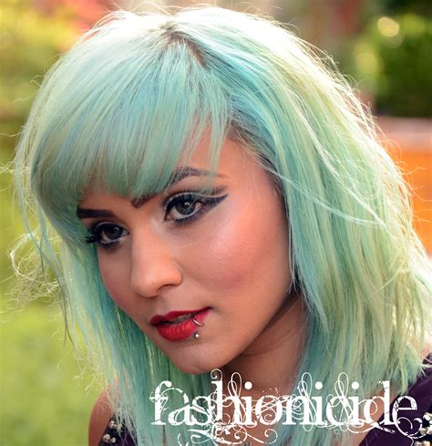 Diy How To Dye Dark Hair To A Blue Based Turquoise