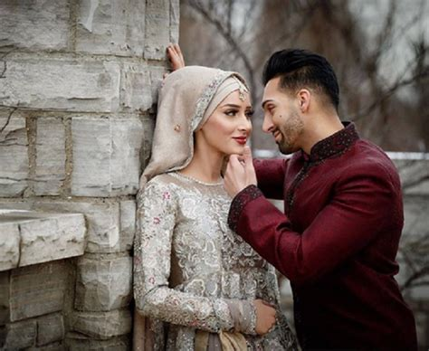 Outdoor pre wedding photoshoot concept ideas inspiration at lereng merapi mountain yogya. Jelang Nikah Foto Prewedding, Bagaimana Hukumnya dalam Islam? : Okezone Muslim