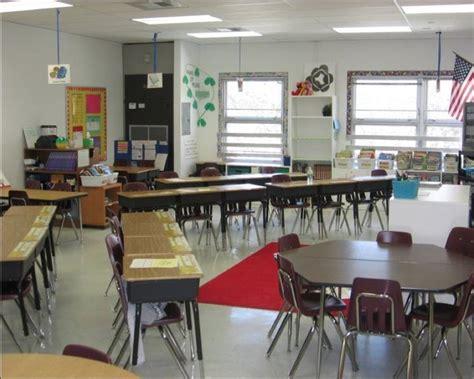 best desk arrangement for classroom management the 25 best desk arrangements ideas on pinterest