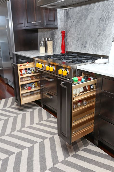 pullouts for kitchen cabinets 6 kitchen cabinet features that will create a wow 4444