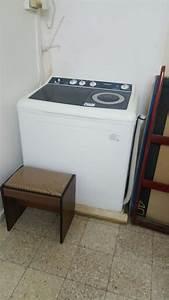 interieur machine a laver maison design sphenacom With carrelage adhesif salle de bain avec machine led pour ongles