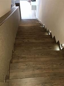 Alte Treppe Verkleiden : treppenrenovierung und treppensanierung von vinylstufen vinyltreppen alte treppe neu gestalten ~ Frokenaadalensverden.com Haus und Dekorationen