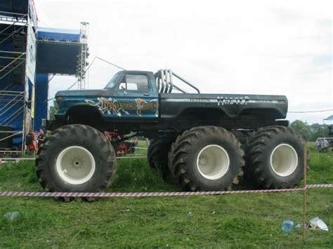 monster truck mud videos monster mud trucks monster mud trucks have you seen