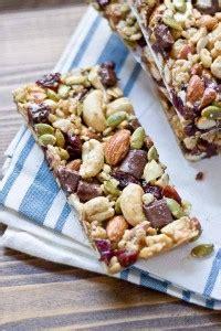 tart cherry dark chocolate cashew granola bars gluten