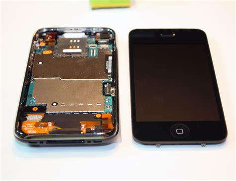 iphone 3 iphone 3g s in half