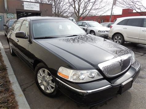 2011 Lincoln Town Car by 2011 Used Lincoln Town Car 4dr Sedan Signature L At Auto