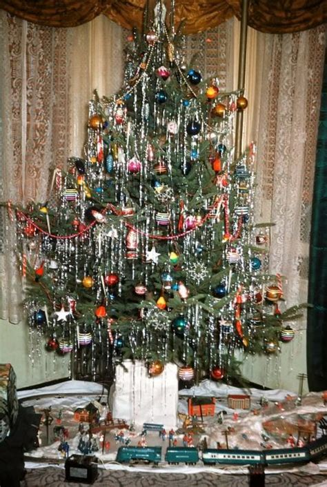 a 1950 s christmas tree in the bronx quot vintage and retro