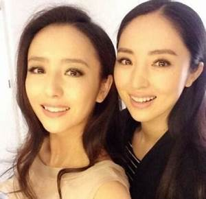 Celebrities That Are So Close They Look Like Sisters ...