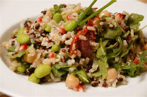 Mediterranean Rice Salad With Lemon