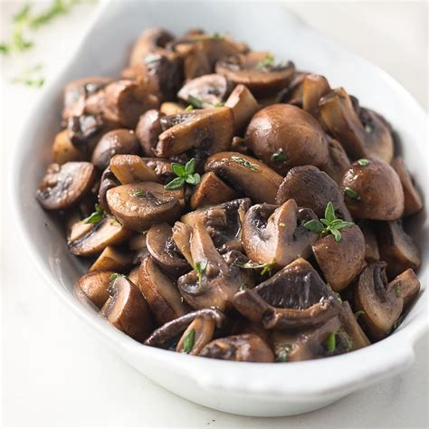 sauteed mushrooms sauteed mushrooms in butter and thyme low carb maven