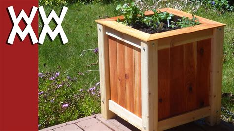 build  easy inexpensive wood planter box youtube