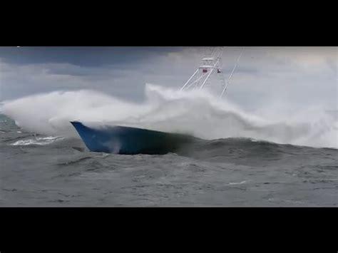 Catamaran Ferry In Rough Seas by Rough Sea 6 7bft Vs Trygons Ecorunner 590 Doovi