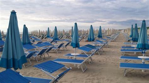 Bagno Delfino Cervia by Bagno Delfino 131 Pinarella Itali 235 Beoordelingen